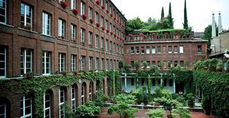 New Generation Hostel Milan Center - Milan - Bâtiment