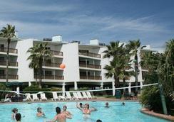 Port Royal Ocean Resort & Conference Center - Port Aransas - Building