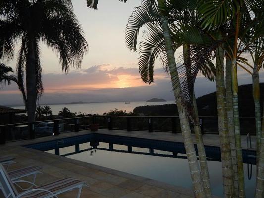 白島獨家旅館 - Buzios/布基亞斯 - 游泳池