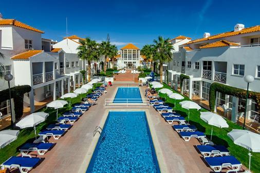 Apartamentos Turísticos Club Ouratlântico - Αλμπουφέιρα - Πισίνα