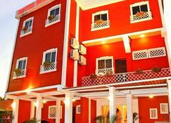 Hotel Merliot - Antiguo Cuscatlán - Edificio