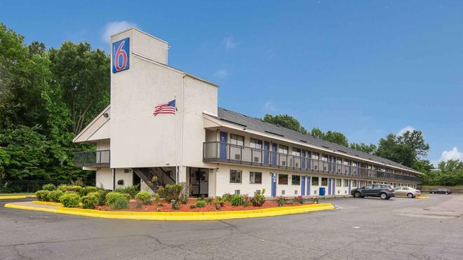 Motel 6 Richmond - Va Midlothian Turnpike - Richmond - Building