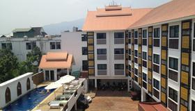 WangBurapa Grand Hotel - Chiang Mai
