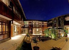 Liman Wenzhi No.1 Hotel Lijiang Ancient Town - Lijiang - Building