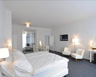 Avenue Beach Hotel - Ostend - Bedroom