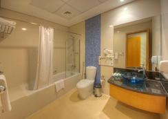 Grand Square Stay Hotel Apartments - Dubai - Bathroom