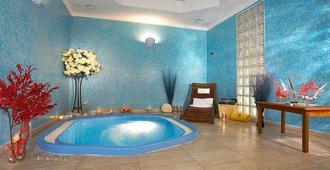 卡帕林納酒店 - 陶爾米納 - 陶爾米納 - 游泳池
