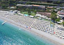 Hotel Caparena - Taormina - Ranta