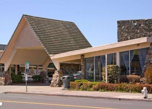 Rodeway Inn Alameda - Alameda - Building
