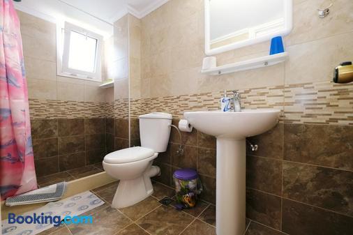 Apollo Pavilion Apartments - Myrina - Bathroom