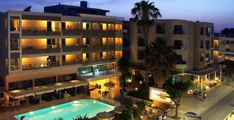 Saint Constantin Hotel - Thị trấn Kos Town - Toà nhà