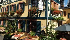 綠花環歷史葡萄酒酒店 - 萊因河畔呂德斯海姆 - 羅德斯海姆 - 建築
