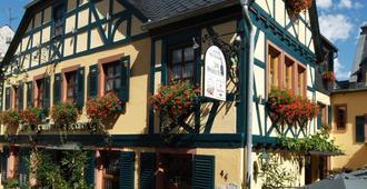 Historisches Hotel Weinrestaurant Zum Grünen Kranz - רודסהיים אם ריין - בניין