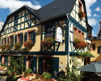 Historisches Hotel Weinrestaurant Zum Grünen Kranz - Rudesheim am Rhein - Gebouw