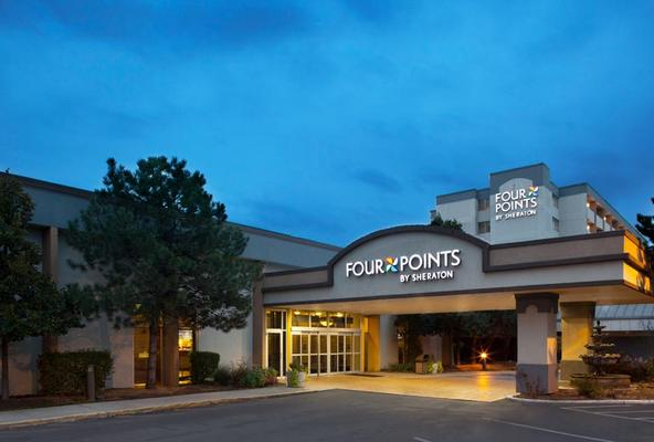 Four Points by Sheraton Chicago O'Hare Airport - Schiller Park - Edificio