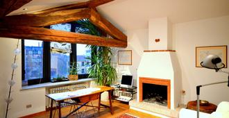 Suite Vigentina - Milan - Living room
