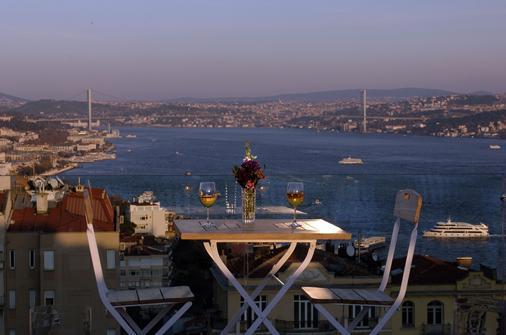 Urban Suites Istanbul - Istanbul - Parveke