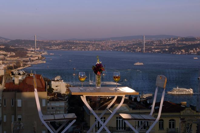 Urban Suites Istanbul - Istanbul - Balcony