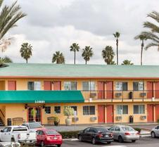 Travelodge by Wyndham Oceanside