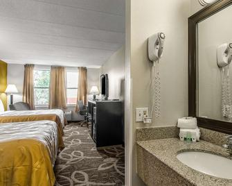 Quality Inn Middleboro-Plymouth - Middleboro - Спальня