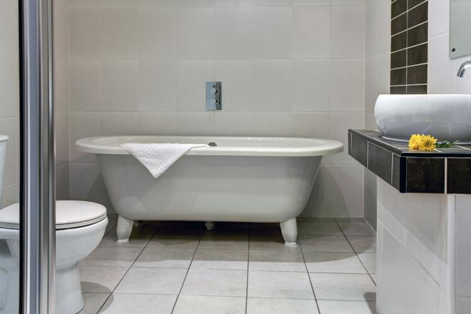 Castle Inn Hotel, BW Signature Collection - Keswick - Bathroom