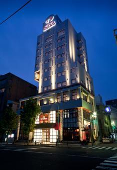 Hotel Coco Grand Ueno Shinobazu - Tokyo - Building