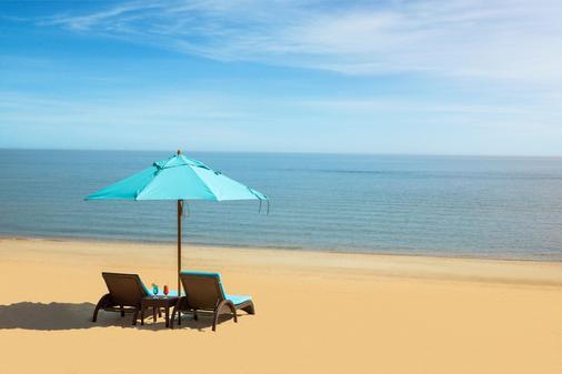 The Palms Beach Hotel And Spa - Salmiya - Beach