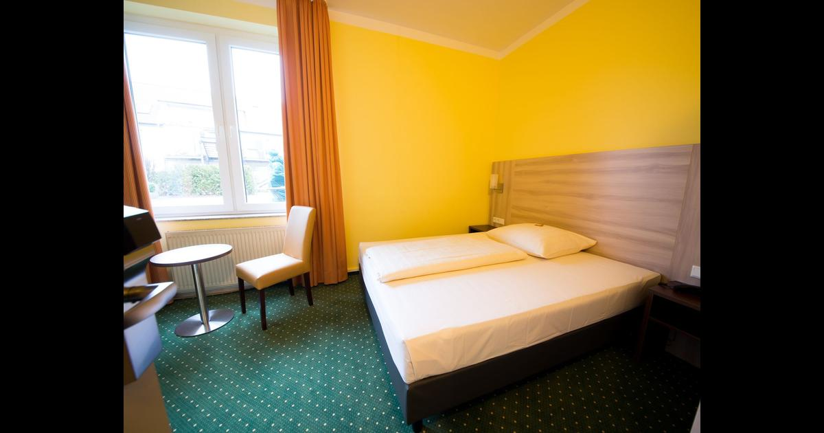 Hotel Mirage Ab 49 Hotels In Duisburg Kayak