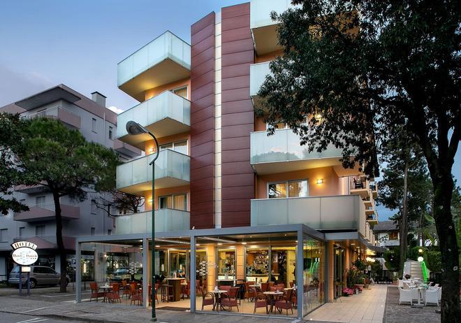 Hotel Daniele - Lignano Sabbiadoro - Building