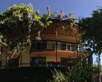 Casanova Inn - Dilijan - Building