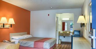 Motel 6 Seattle South - SeaTac - Bedroom
