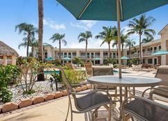 Best Western Gateway to The Keys - Florida City - Innenhof
