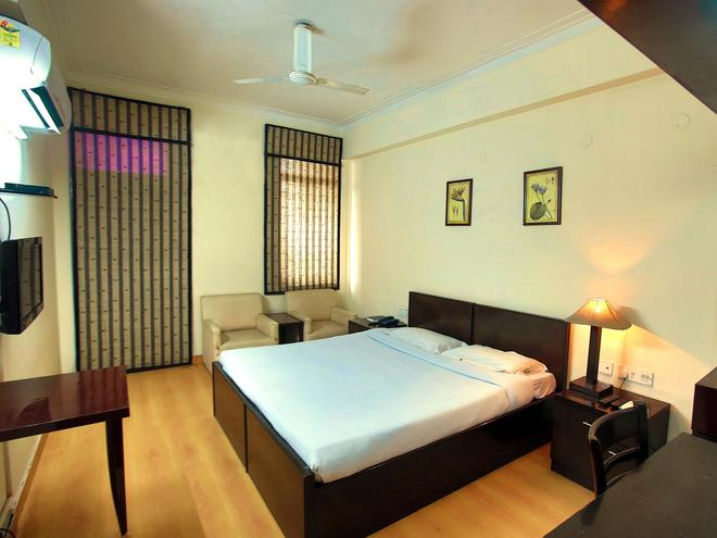 Ymca Tourist Hostel - New Delhi - Bedroom