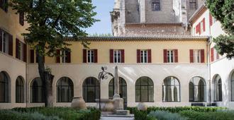 Hôtel & Spa Jules César Arles - MGallery - Arles - Bangunan