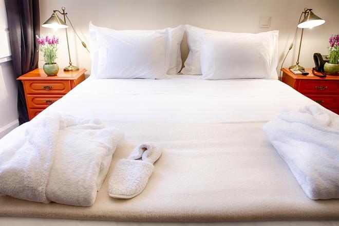 Hotel Alegria - Lisbon - Bedroom