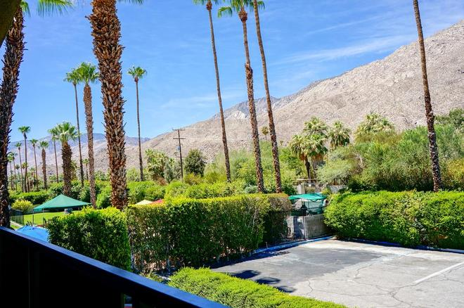 Rodeway Inn Palm Springs Downtown - Palm Springs - Outdoor view