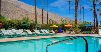 Rodeway Inn Palm Springs Downtown - Palm Springs - Piscina