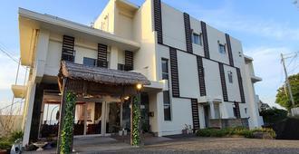 The Hotel Shirahama Onsen - שיראהאמה