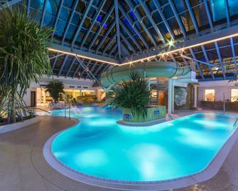 Ifa Rügen Hotel & Ferienpark - Binz - Pool