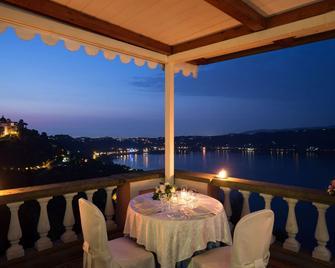 Hotel Castel Vecchio - Castel Gandolfo - Balkón