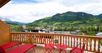 Hotel Kaiserhof Kitzbuehel - Kitzbühel - Balkong