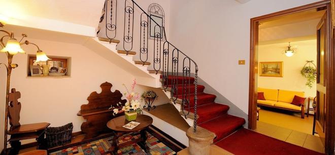 聖塞巴斯蒂亞羅酒店 - 佩魯賈 - 佩魯賈 - 階梯