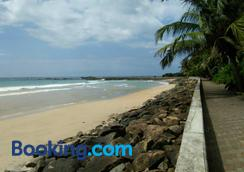 Ging View Villa - Galle - Beach