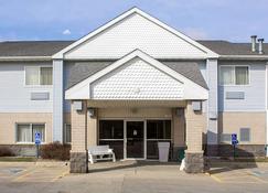 Quality Inn & Suites - Sioux City - Rakennus