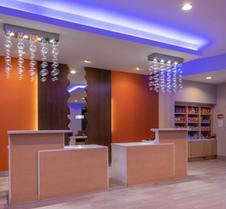 La Quinta Inn & Suites by Wyndham Greensboro Arpt High Point