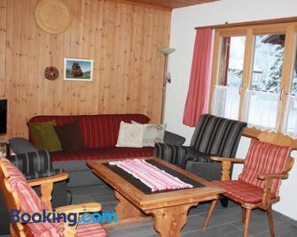 Tgea Sulagliva - Andeer - Living room
