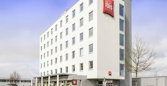 ibis Hotel Friedrichshafen Airport Messe - Friedrichshafen - Building
