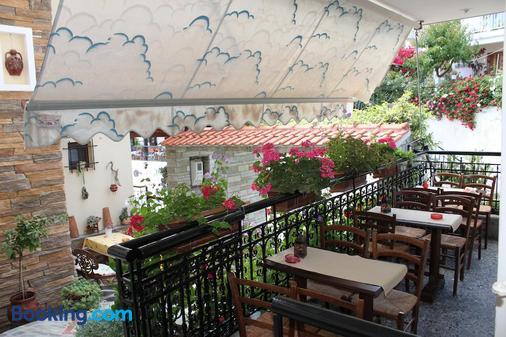 Akrotiri Hotel - Néos Marmarás - Balcony