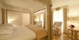 Castille Paris - Starhotels Collezione - Paris - Bedroom