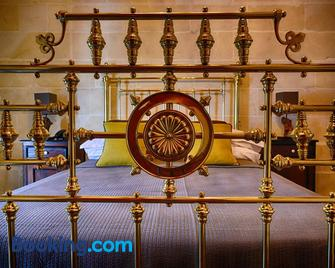 Casa Gemelli Boutique Guesthouse - Victoria - Bedroom